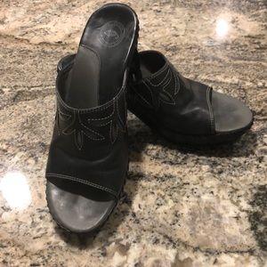 Nurture size 8 Shoe